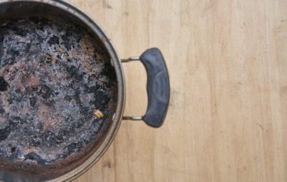 4 astuces pour récupérer une casserole brulée