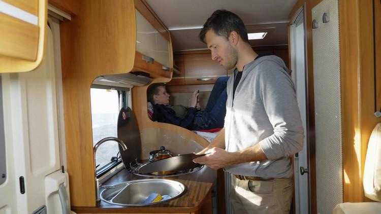 comment-cuisiner-camping-car