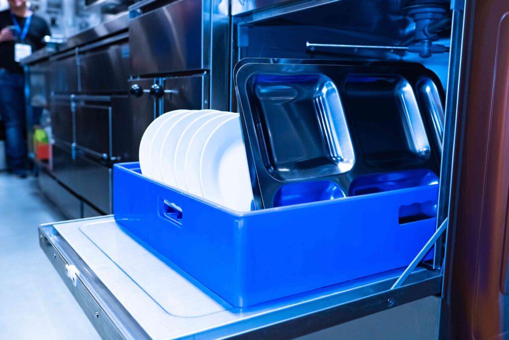 nettoyage de la vaisselle en restauration